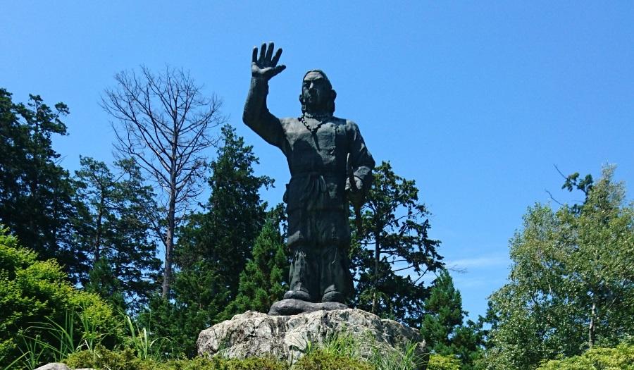 三峯神社日本武尊像